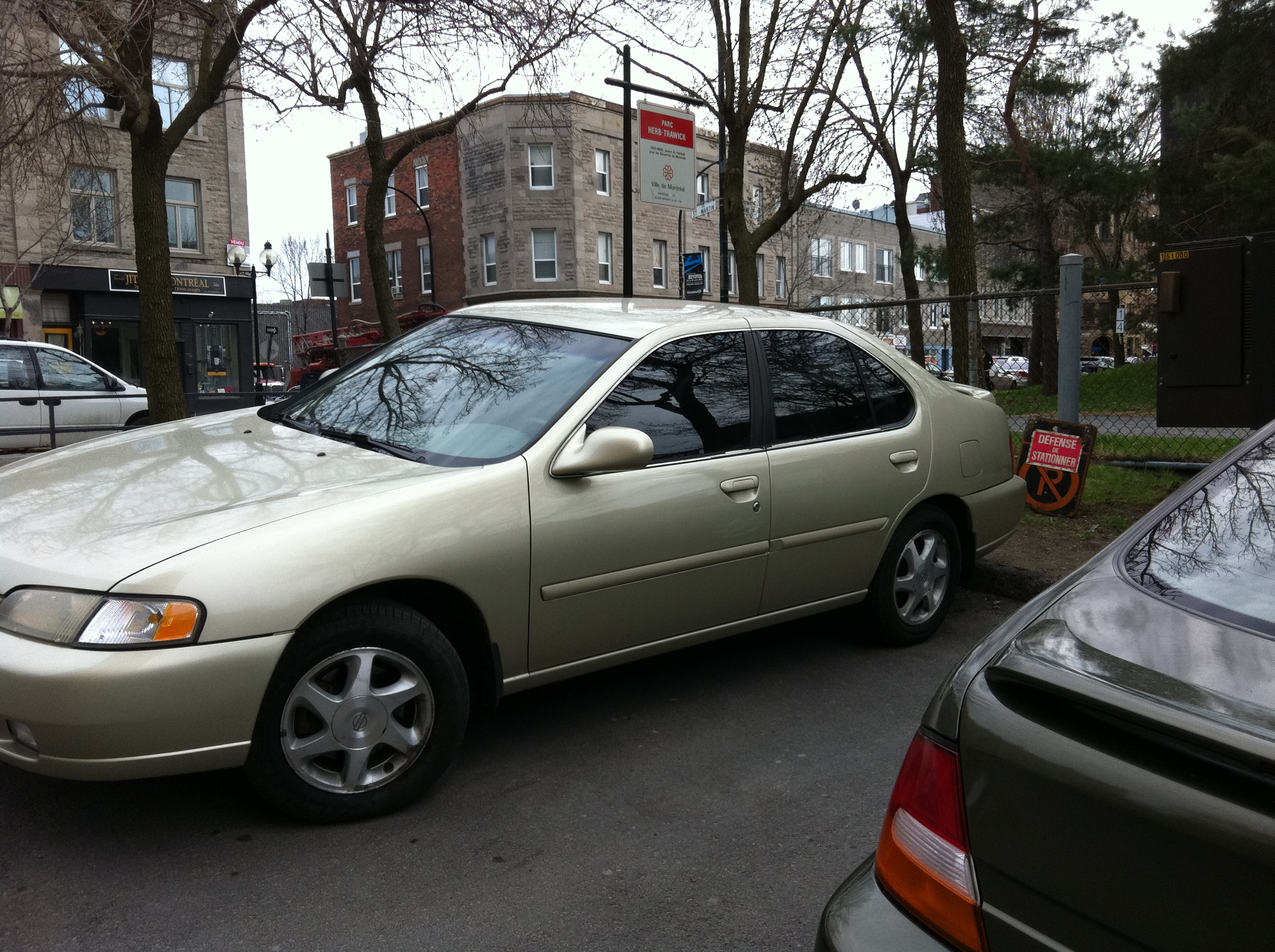 mtlchevy 1999 nissan altimase sedan 4d specs photos. Black Bedroom Furniture Sets. Home Design Ideas