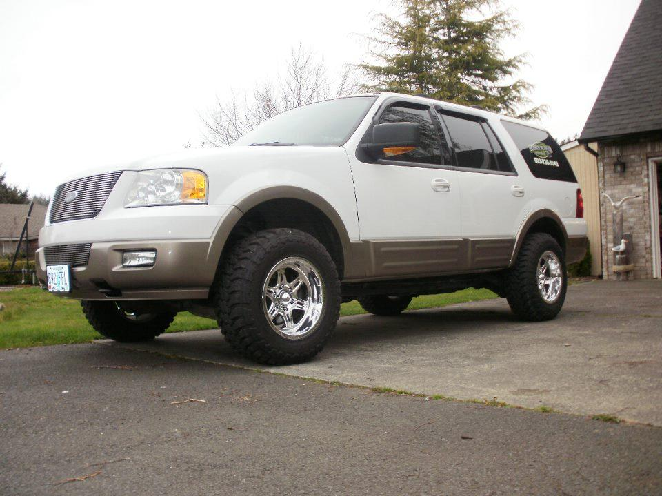 Inertia Switch Page 3 Ford Ranger Forum additionally How To Fix The P1233 FPDM NoStart Condition DTC in addition Watch further World Map Earth Zoom Videohive in addition 2004 Ford Expedition Eddie Bauer Under The Right Side Fuse Box Diagram. on 1997 ford explorer inertia switch