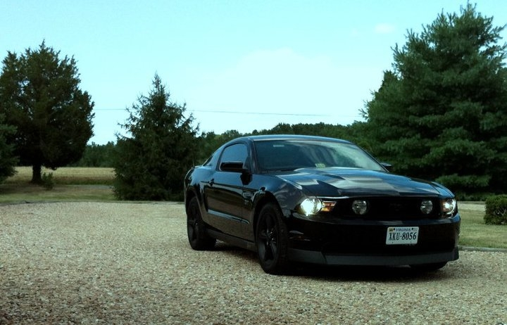 Another iceguyb14 2010 Ford Mustang post... - 14457281