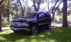 CHRIST_IS_KINGs 2001 Chevrolet Tahoe