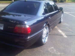 C.R.E.A.Ms 2001 BMW 7-Series