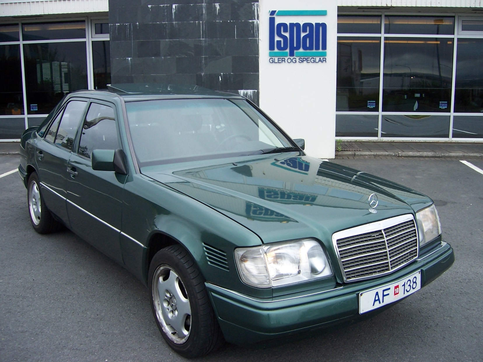 tfortwo 1995 mercedes benz e class specs photos