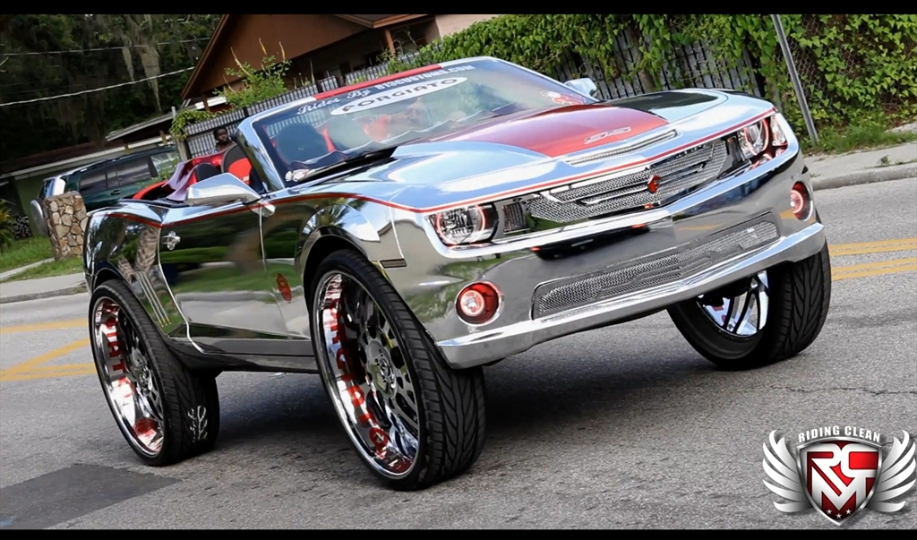 Chrome Camaro On 32